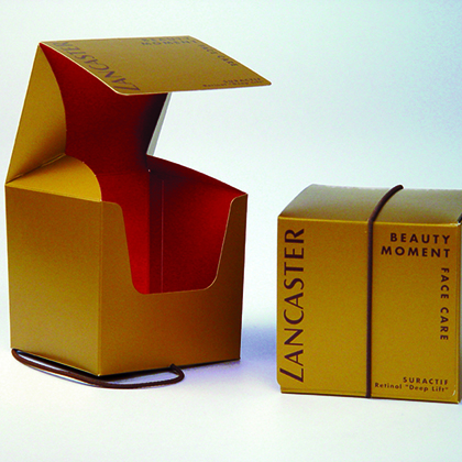 Boite fermée par un élastique, packaging design, emballage promotionnel, creation coffret, réalisation sur mesure, fabrication etui, conception emballage, packaging cosmetique