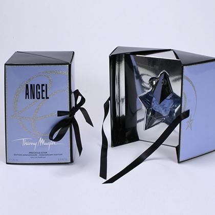 boite forme originale avec cale , packaging design, emballage promotionnel, creation coffret, réalisation sur mesure, fabrication etui europe, conception emballage, packaging parfum