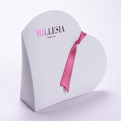 boite forme coeur, packaging design, emballage promotionnel, creation coffrets personalisés, réalisation sur mesure, fabrication etuis, création packaging, réalisation, production